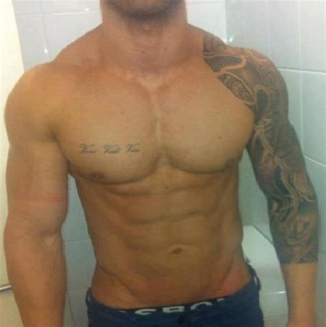 zyzz chest tattoo veni vidi vici zyzz tattoo images