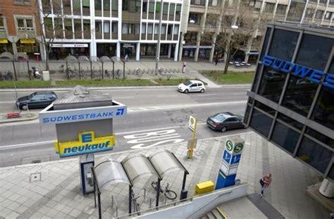 lokale stuttgart west bushaltestelle in s west die entscheidenden zentimeter