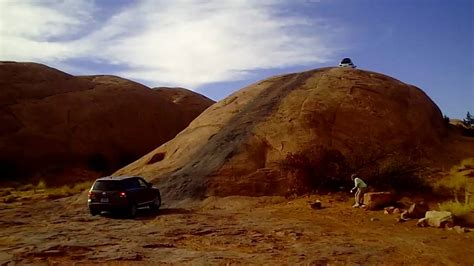 moab lions back touareg moab 2009 baby s back 1