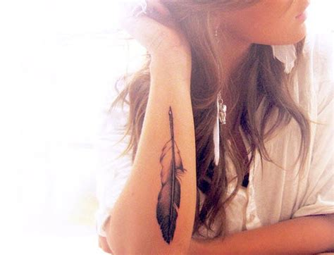 feather tattoo temporary refined and mysterious strepik tattoos largest temporary
