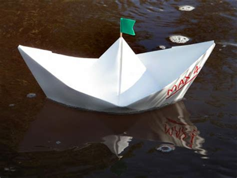 A Paper Boat That Floats - make believe boat floating kiddies