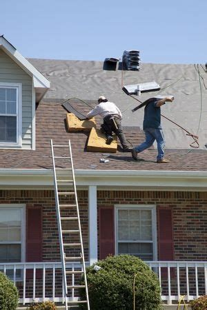does homeowner s insurance cover all roofing repairs