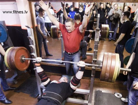 world record for benching record bench press 28 images ideas to increase the