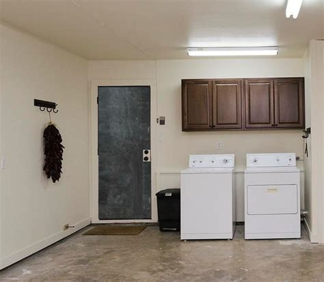 Laundry Room In Garage Decorating Ideas What To Do To Laundry Room In Garage Decorating Ideas