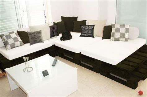 homemade sofa bed decora 231 227 o com paletes e caixotes de feira ideias incr 237 veis