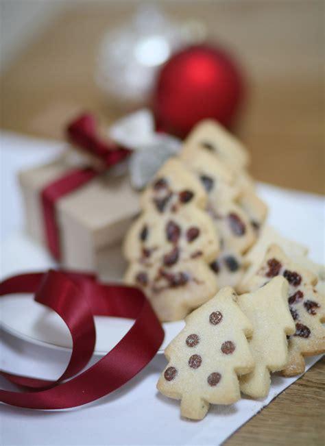 box of christmas tree shortbread by shortbread gift