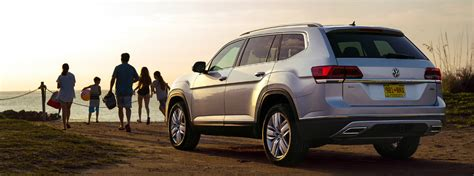 volkswagen atlas cargo  seating capacity