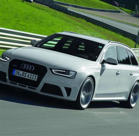 Schneller Audi: Aus Tradition stark – der neue RS4 Avant ... Audi Rs2 Mobile