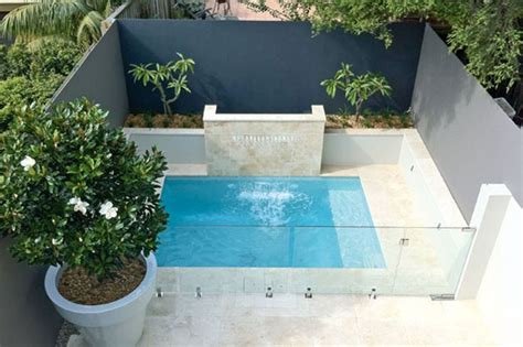 mini pools for small backyards en iyi 17 fikir mini pool pinterest te