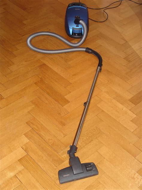 Floor Cleaning  Simple  Step Method  Cleaning