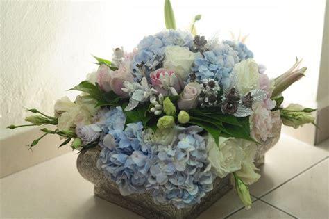 idea dulang hantaran berkonsepkan bunga segar simple