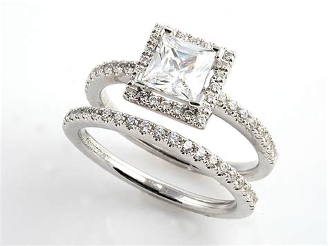 moses jewelers square engagement rings