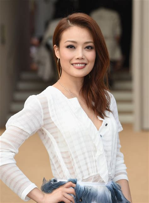 Joey Yung | joey yung photos photos arrivals at burberry womenswear