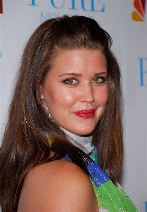 Sarah Lancaster Xxx - sarah lancaster photos tv series posters and cast
