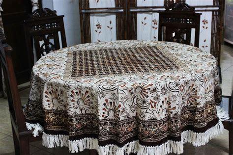 Taplak Meja Bulat contoh gambar bunga untuk taplak meja shoe