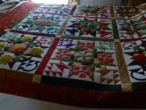 Woolen Quilts by Audrey S Wool Applique Quilt Custom Quilts Of