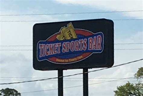 Bar Stools Pensacola Fl Davis Hwy by The Ticket Sports Bar 12 Photos 12 Reviews Sports