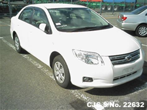 japanese used toyota corolla axio for sale in karachi