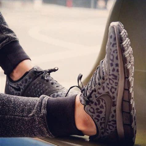 cheetah nikes running shoes cheetah nike running shoes so style me pretty