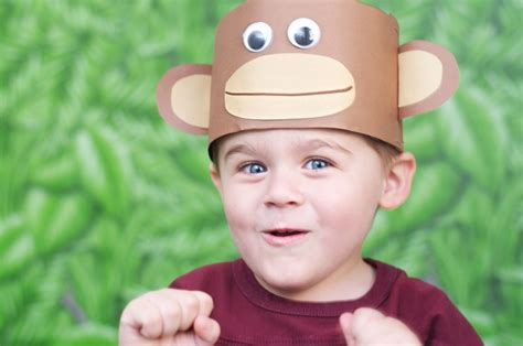 Paper Hats For Preschoolers - 4 zoo themed crafts for and 1 for