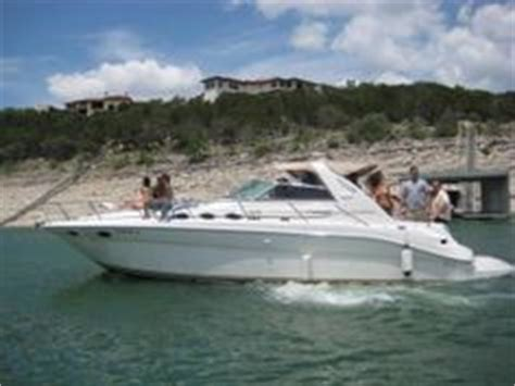 devils cove austin boat rental sexy ladies at devil s cove lake travis memorial day