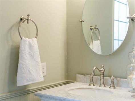bathroom towel rack decorating ideas bathroom towel rack decorating ideas the romancetroupe