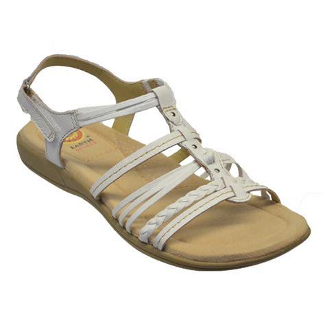 earth shoe sandals earth spirit earth spirit freemont leather white n70