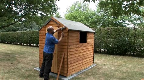 Felt On Shed Roof by How To Fix A Felt Roof To A Garden Shed