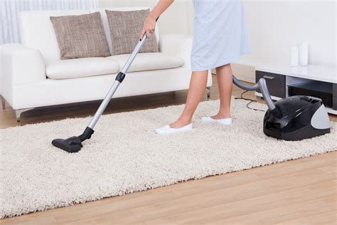 how to vacuum carpet how to choose the best vacuum for carpets updated