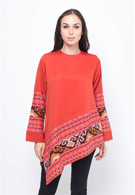 Baju Wanita Tenun Overal 1 buy batik etniq craft new arrival blouse batik deals for only rp130 000 instead of rp190 000