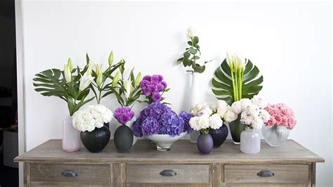 como decorar banheiro flores artificiais flores artificiais para decorar a casa westwing