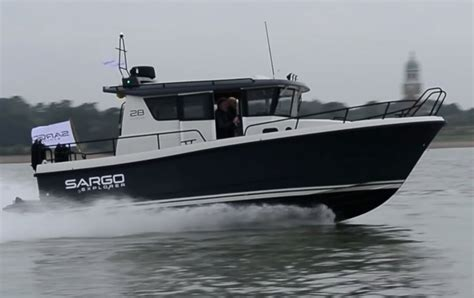 sargo boats sargo 28 explorer from motor boat yachting youtube