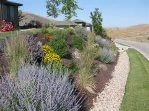 Landscaping Ideas For Curb Appeal - habiscapes portfolio