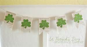 shamrock decorations home st patrick s day home decorating lori s favorite things