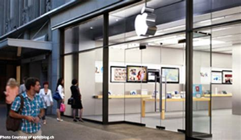 apple zurich smoking iphone battery forces evacuation at zurich store