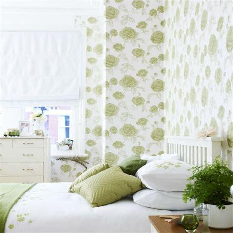 wallpaper green bedroom go for oversized florals bedroom wallpaper ideas