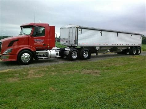 18 wheeler volvo trucks for sale volvo with a grain trailer 18 wheeler group board