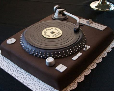 Simply Piringan Hitam Vinyl 17 best images about 3d cakes on lighthouse cake tiger cake and cakes