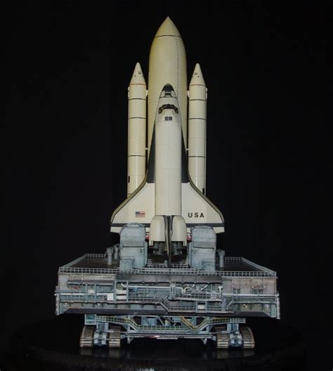 Papercraft Space Shuttle - image gallery sts 1 model