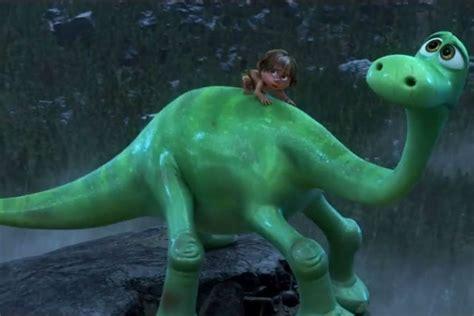 film dinosaurus desember 2015 the good dinosaur 2015 film review omega underground