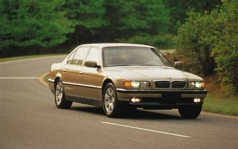 2001 bmw 7 series review and rating motor trend 2001 bmw 7 series warning reviews top 10 problems you must know