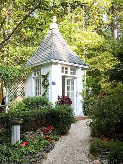 White Garden Shed 9 Attractive Garden Sheds Omg Lifestyle