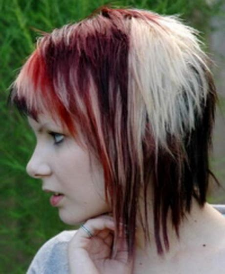 shoulder length spiky punk hair ladies hair styles emo medium length haircuts