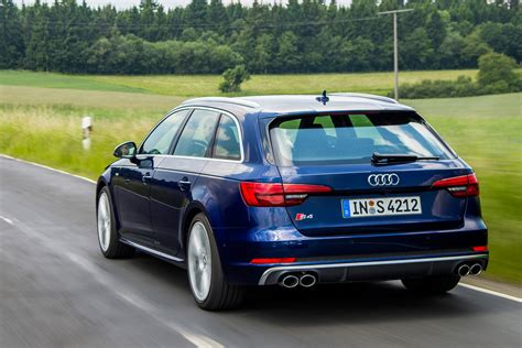 Neuer Audi S4 by New Audi S4 Avant 2016 Review Pictures Auto Express