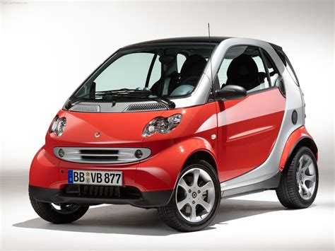 smart car photos smart fortwo coupe photos photogallery with 14 pics