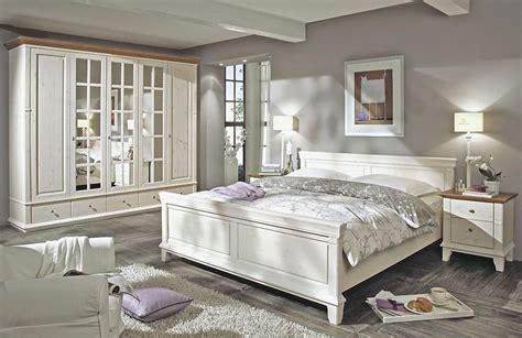 schlafzimmer set kiefer massiv mit braunen absetzungen
