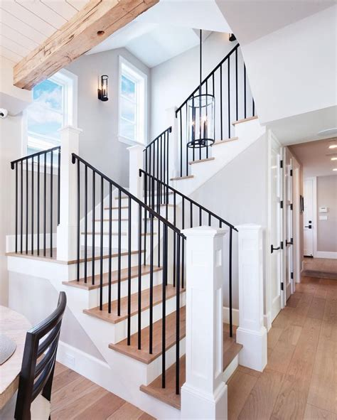 Metal Banister Spindles by Best 25 Iron Railings Ideas On Modern Railing