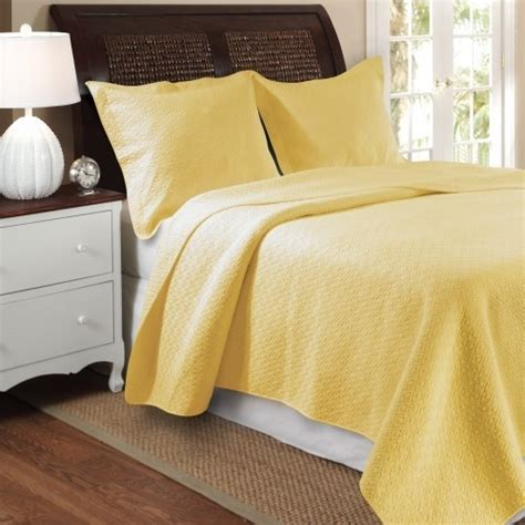 Yellow Bedspreads Greenland Home Vashon Yellow 3 Quilt Set
