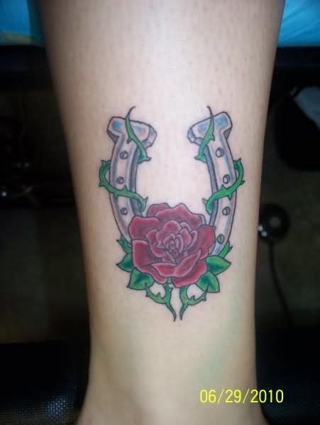 horseshoe rose tattoo horseshoe designs view more horseshoe