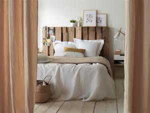 une t 234 te de lit en palettes de bois fa 231 on vintage